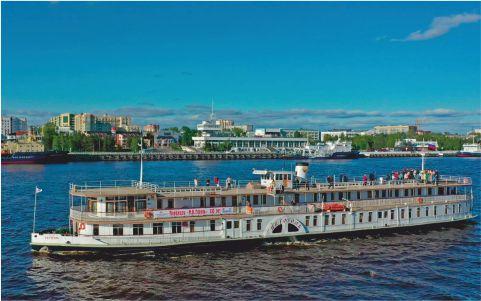 ЦС «ЗВЁЗДОЧКА» начал юбилейную навигацию старейшего судна России